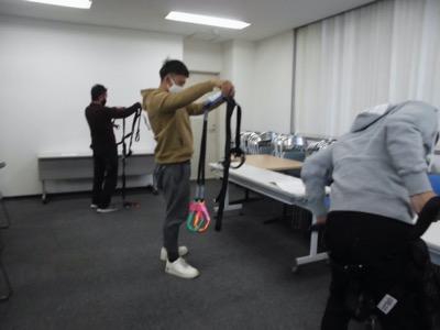 11 28開催 フルハーネス型安全帯使用作業特別教育講義写真